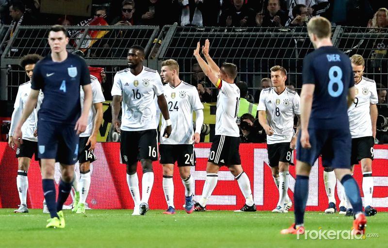 Germany vs England 2017