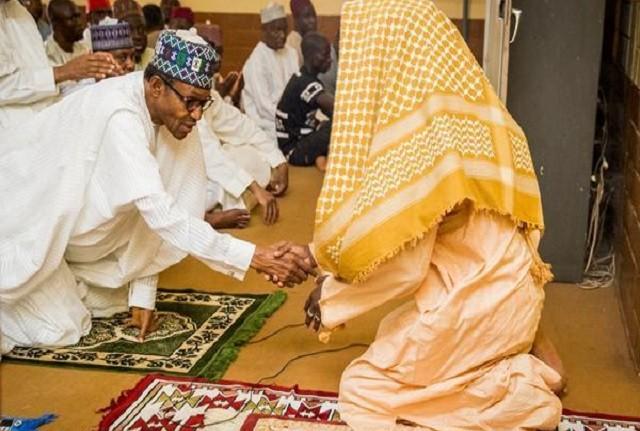Buhari in absent at Jumat prayer Mosque