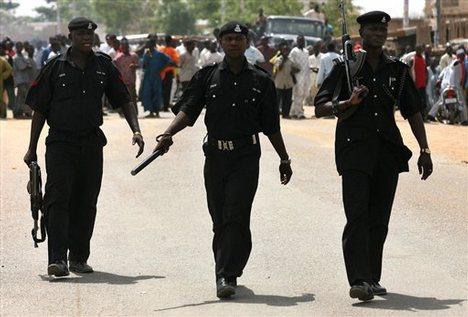 Police, Bayelsa