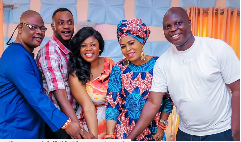 Odunlade surprise bday for Eniola