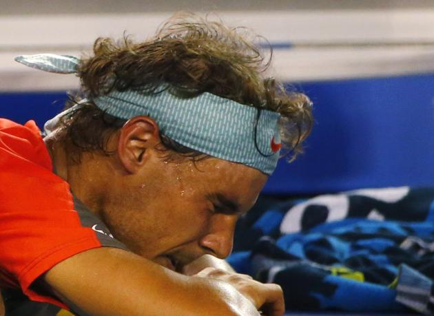 rafael-nadal-australian-open-final-back-injury-tears-9