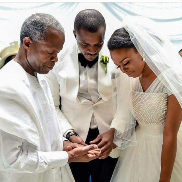 Photos from the Wedding Party of Governor Ajimobi of Oyohellip