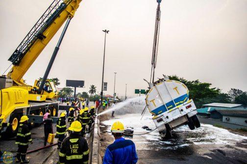 Fuel tanker, Benin-Onitsha Expressway, Truck,