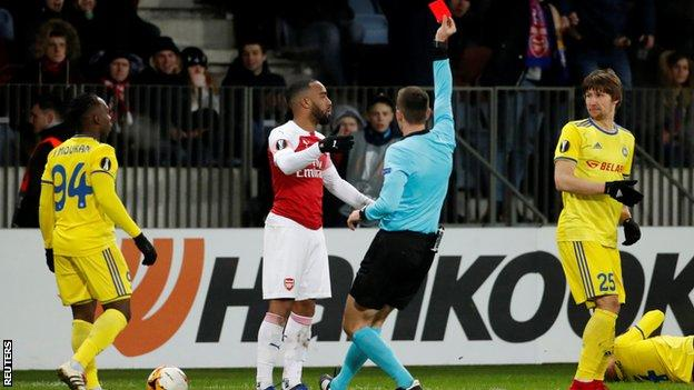 lacazette, red card, Bate Borisov, Arsenal, UEL,