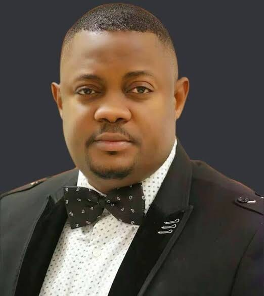 Hon Olatoye Sugar, Oyo Chief Whip, Police,