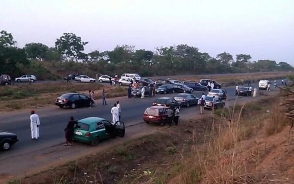 Roadblock, Abuja-Kaduna Highway,