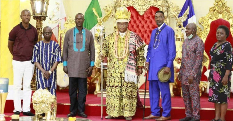 Amayanabo Of KIRIKE Kingdom Collaborates