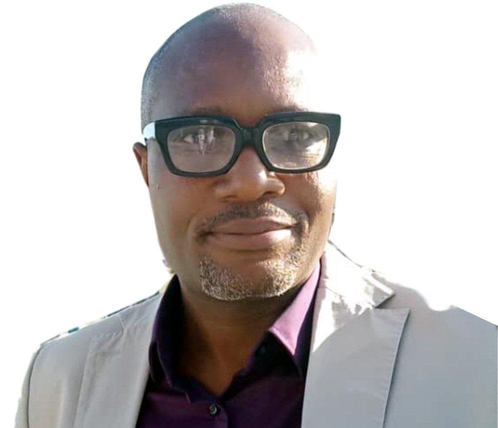 Dr Lasisi Gbolagade,