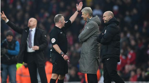 Wenger, Referees, Man city