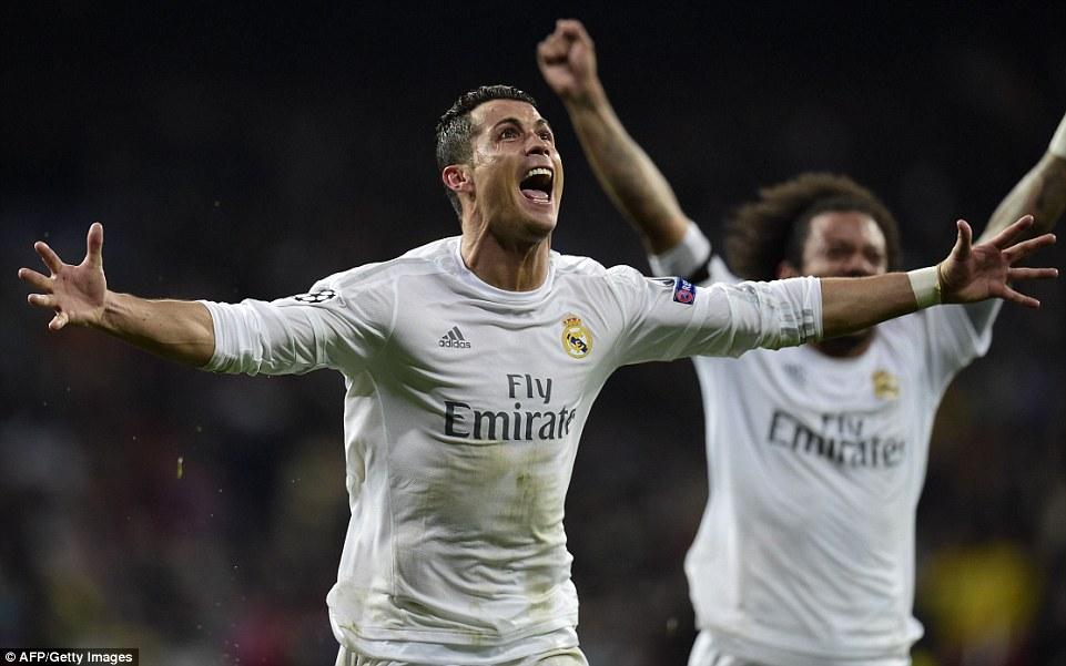 Cristiano_Ronaldo_passionately_celebrates_after_scoring_a_hat_tr