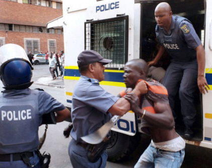 south-african-police-beats-nigerian-to-death